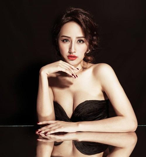 """Hoa hậu Mai Phương Thúy xứng danh """"nữ thần vòng một""""? - 8"""