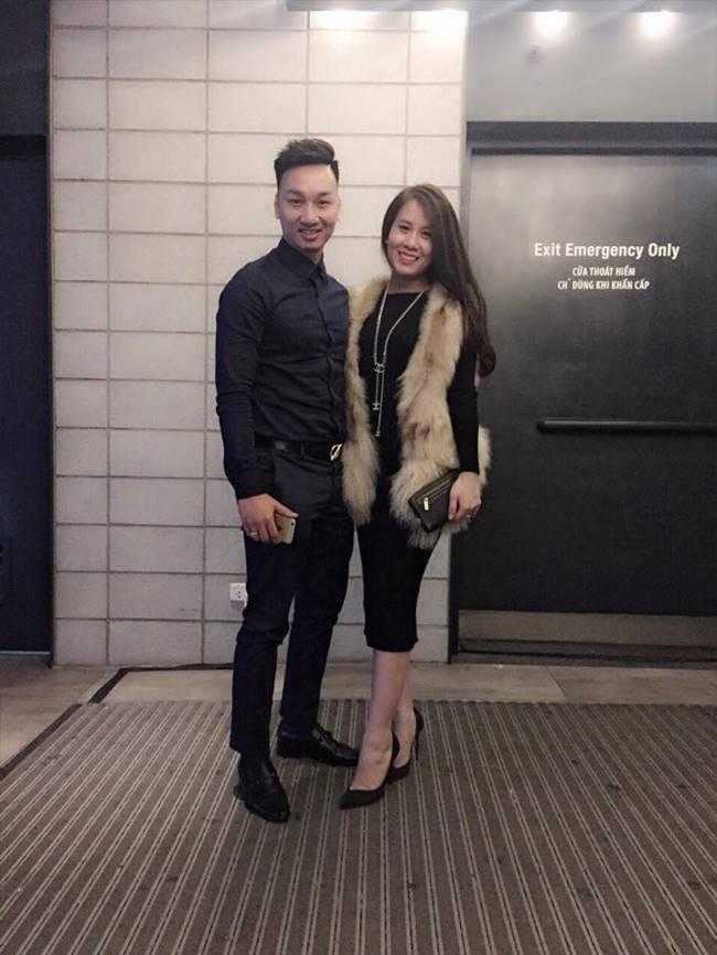 Nguyễn Ngọc Hương, sinh năm 1991 và là một tiếp viên hàng không cá tính xinh đẹp. Ngoài công việc chính, Ngọc Hương còn kinh doanh thời trang online.