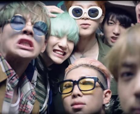 Từ G-Dragon đến Sơn Tùng MTP đều phát cuồng vì kiểu kính này - 8
