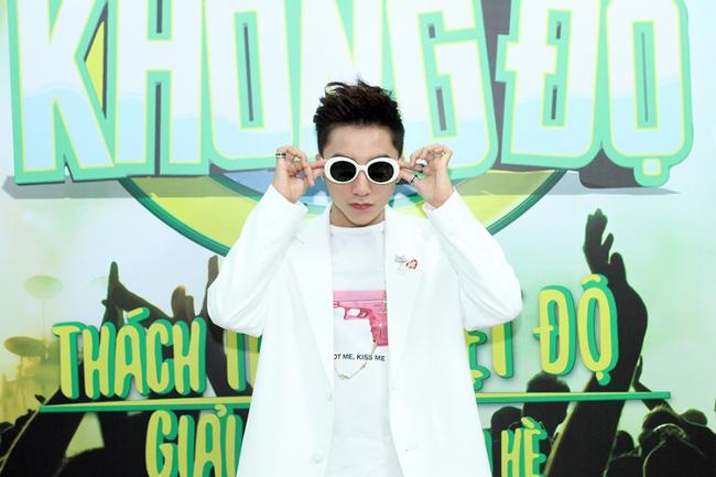 Từ G-Dragon đến Sơn Tùng MTP đều phát cuồng vì kiểu kính này - 11