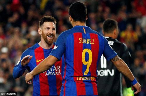 Barca: Lập cú đúp, Messi cán mốc 40 bàn - 2