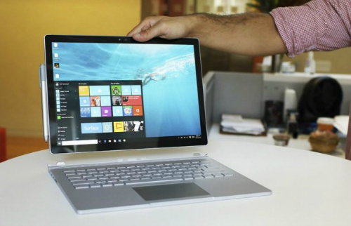 """Những laptop có pin """"trâu"""" nhất năm không thể bỏ qua - 3"""