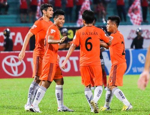Huỳnh Đức lo Đức Chinh 'lạc' điểm rơi tại World Cup - 1