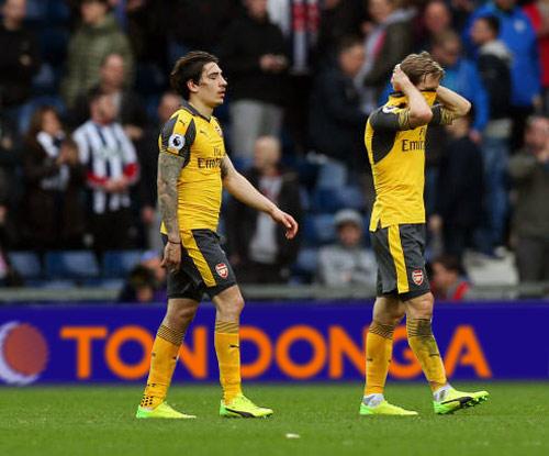 Vòng 29 Ngoại hạng Anh, West Brom 3-1 Arsenal: Wenger lâm nguy - 1