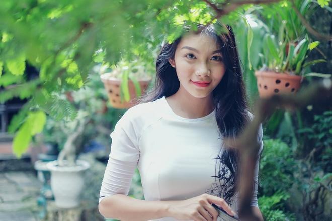 Vẻ mơn mởn tuổi 20 của con gái diễn viên Kiều Trinh - 10