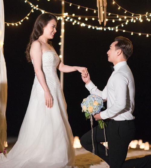 """Màn cầu hôn """"lạ lùng"""" của MC Thành Trung với vợ 9x - 1"""