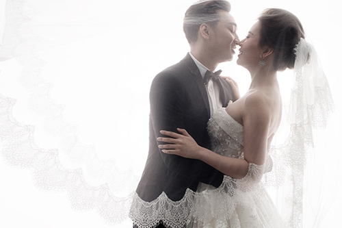 """Màn cầu hôn """"lạ lùng"""" của MC Thành Trung với vợ 9x - 5"""