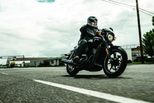 Top 10 nguy hiểm nhất lái xe môtô cần tránh (P1) - 3