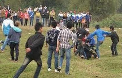 Trai làng hỗn chiến ở cánh đồng, 2 người tử vong - 1