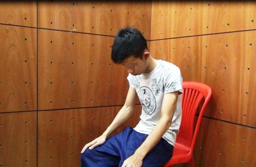 Bắt thanh niên nghi dâm ô với bé gái ở Sài Gòn - 1