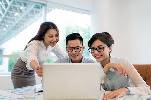 """CareerBuilder Việt Nam công bố """"Top 10 Nhà tuyển dụng được yêu thích nhất 2016"""" - 1"""