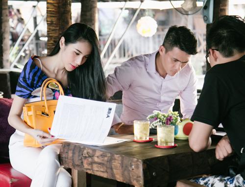 Cuộc sống vợ chồng Thuỷ Tiên lên truyền hình quốc tế - 6