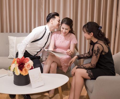 Hé lộ váy cưới cầu kỳ giá trăm triệu của vợ MC Thành Trung - 9