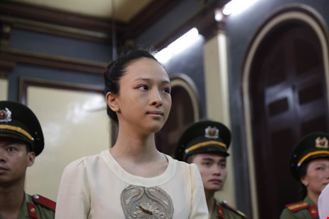 Công bố kết luận điều tra bổ sung vụ hoa hậu Phương Nga - 1