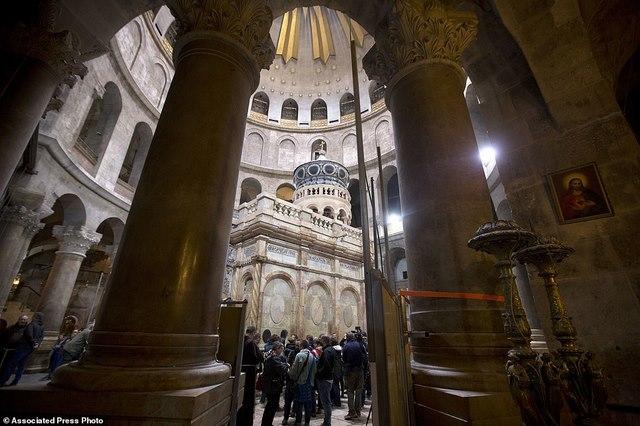 Lần đầu mở hầm mộ chôn cất Chúa Jesus cho khách vào thăm - 5