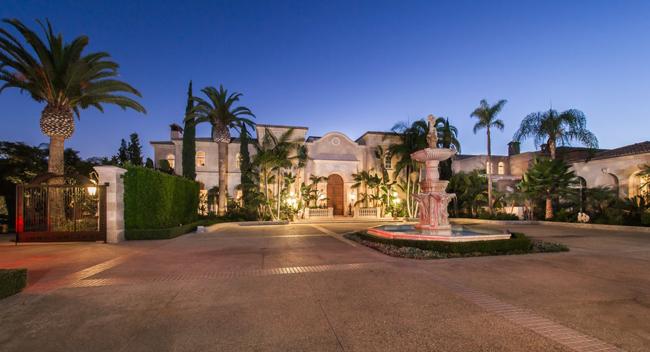Palazzo di Amore  là biệt thự của ông trùm bất động sản Jeff Greene, nằm trong khu nhà giàu Beverly Hills.
