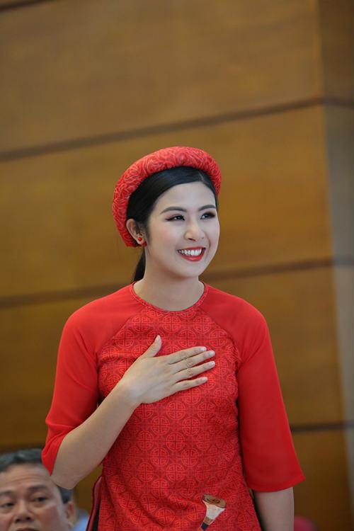 Hoa hậu Ngọc Hân tranh tài giải Việt dã toàn quốc - 4
