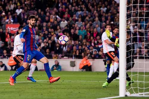 19 sao Barca ghi bàn: Cỗ máy siêu hủy diệt - 1