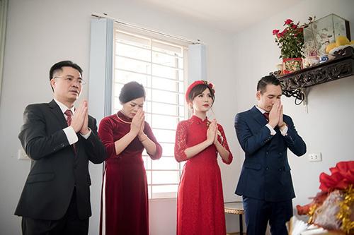 Hot girl MU Tú Linh hôn chồng say đắm trong lễ ăn hỏi - 7