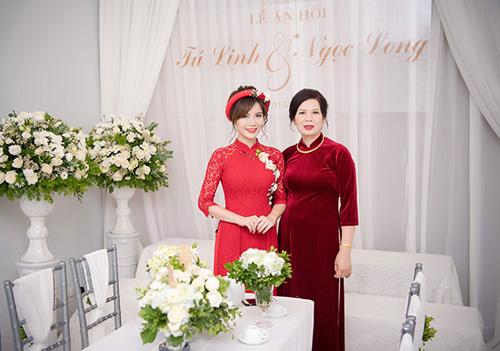 Hot girl MU Tú Linh hôn chồng say đắm trong lễ ăn hỏi - 9