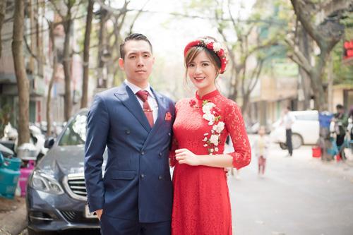 Hot girl MU Tú Linh hôn chồng say đắm trong lễ ăn hỏi - 10