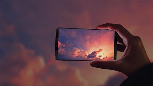 Smartphone màn hình vô cực - Samsung lĩnh ấn tiên phong - 2