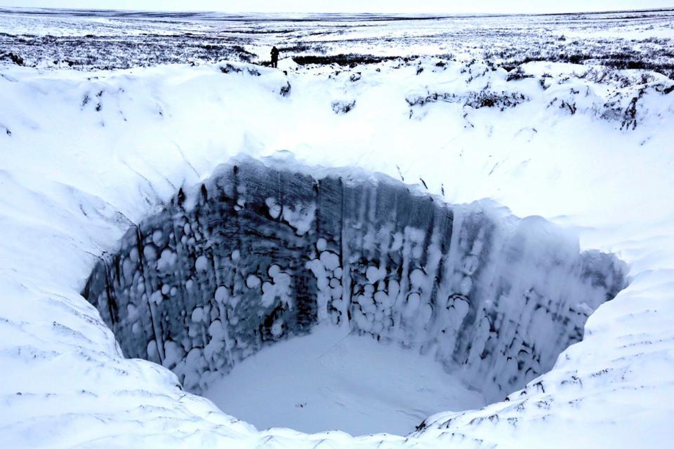 7.000 bóng khí metan khổng lồ dọa nổ tung ở Bắc Cực - 1