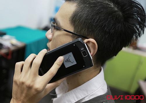 Điện thoại Ouvi pin lâu dành cho người hay di chuyển - 1