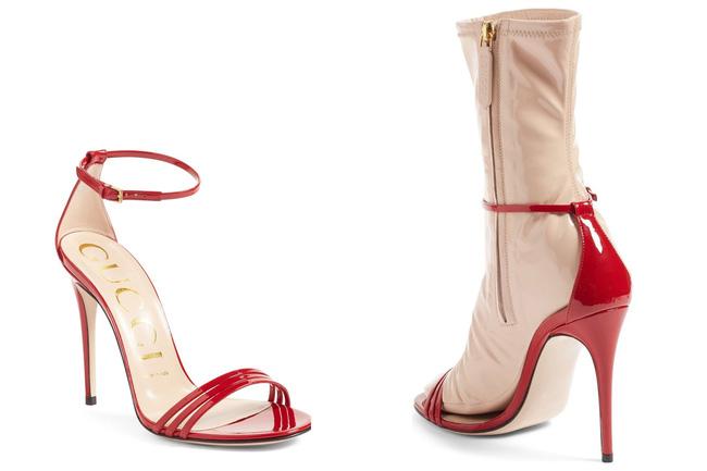 """Dân tình lại """"rần rần"""" với sandal tất nhựa giá 32 triệu - 1"""