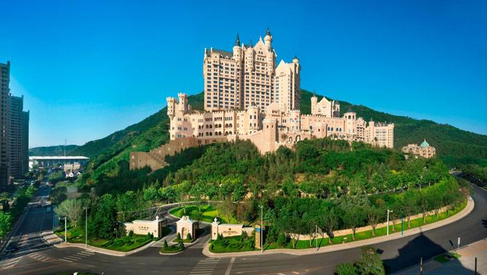 Chiêm ngưỡng khách sạn sang chảnh đẹp tựa lâu đài cổ tích - 3