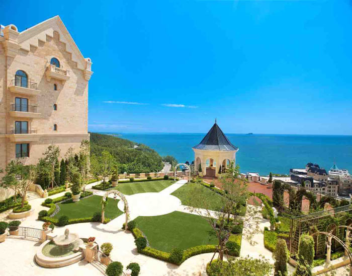 Chiêm ngưỡng khách sạn sang chảnh đẹp tựa lâu đài cổ tích - 4