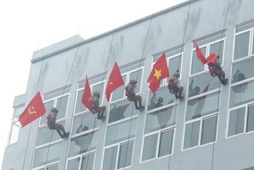 Những tuyệt kỹ võ thuật của đặc công Việt Nam - 14