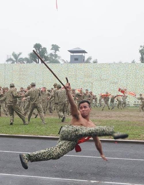 Những tuyệt kỹ võ thuật của đặc công Việt Nam - 2