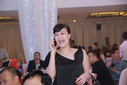 """Xuân Bắc, Tự Long """"náo loạn"""" tiệc cưới của MC Thành Trung - 8"""
