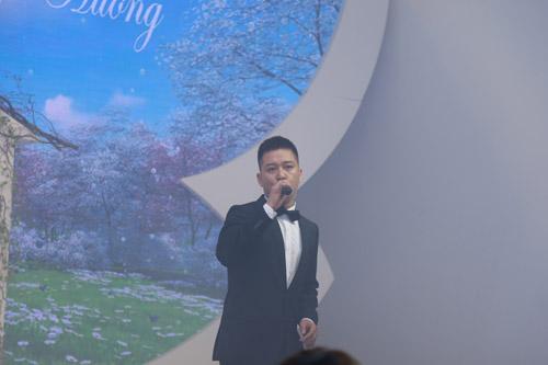 """Xuân Bắc, Tự Long """"náo loạn"""" tiệc cưới của MC Thành Trung - 5"""
