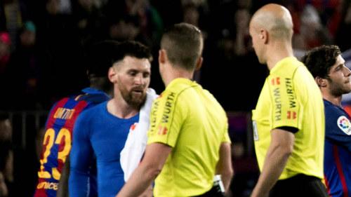 """Đua với Real, Barca - Messi dùng chiêu """"cáo già"""" - 2"""