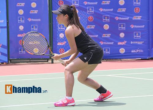 Đồng nghiệp Sharapova khoe sắc ở giải tennis quốc gia - 1