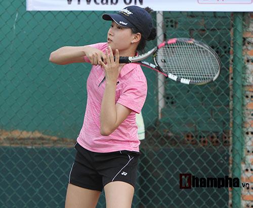 Đồng nghiệp Sharapova khoe sắc ở giải tennis quốc gia - 11