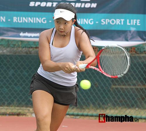Đồng nghiệp Sharapova khoe sắc ở giải tennis quốc gia - 12