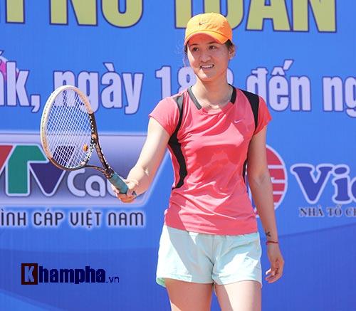 Đồng nghiệp Sharapova khoe sắc ở giải tennis quốc gia - 3