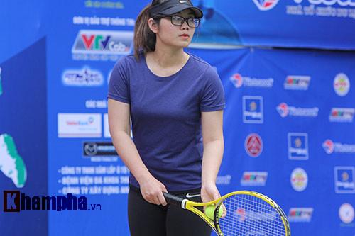 Đồng nghiệp Sharapova khoe sắc ở giải tennis quốc gia - 4