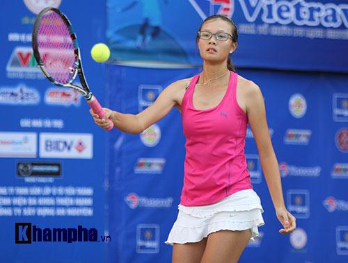 Đồng nghiệp Sharapova khoe sắc ở giải tennis quốc gia - 6