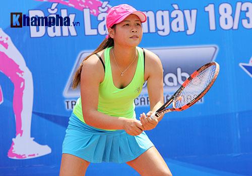 Đồng nghiệp Sharapova khoe sắc ở giải tennis quốc gia - 8