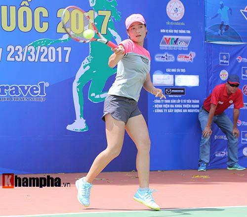 Đồng nghiệp Sharapova khoe sắc ở giải tennis quốc gia - 10