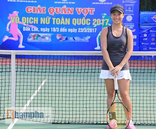 Đồng nghiệp Sharapova khoe sắc ở giải tennis quốc gia - 2