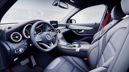 Về Việt Nam, Mercedes-AMG GLC 43 có giá 3,6 tỷ đồng - 3