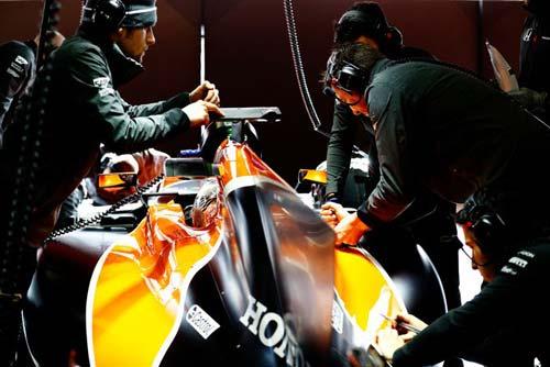 Đua xe công thức 1, Australian GP: Khởi đầu kỷ nguyên mới - 3