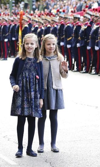 """""""Soi"""" trường học của các công chúa, hoàng tử trên thế giới - 3"""