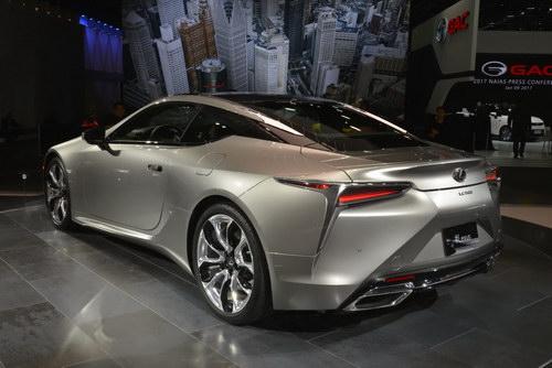 Lexus LC 500 2018 chốt giá từ 2,1 tỷ đồng - 2