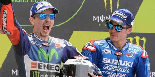 MotoGP 2017: Cuộc chiến tam mã Rossi - Marquez - Lorenzo - 2